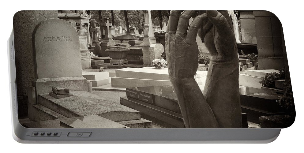 Statue Portable Battery Charger featuring the photograph Eternal Hands by Mick Burkey