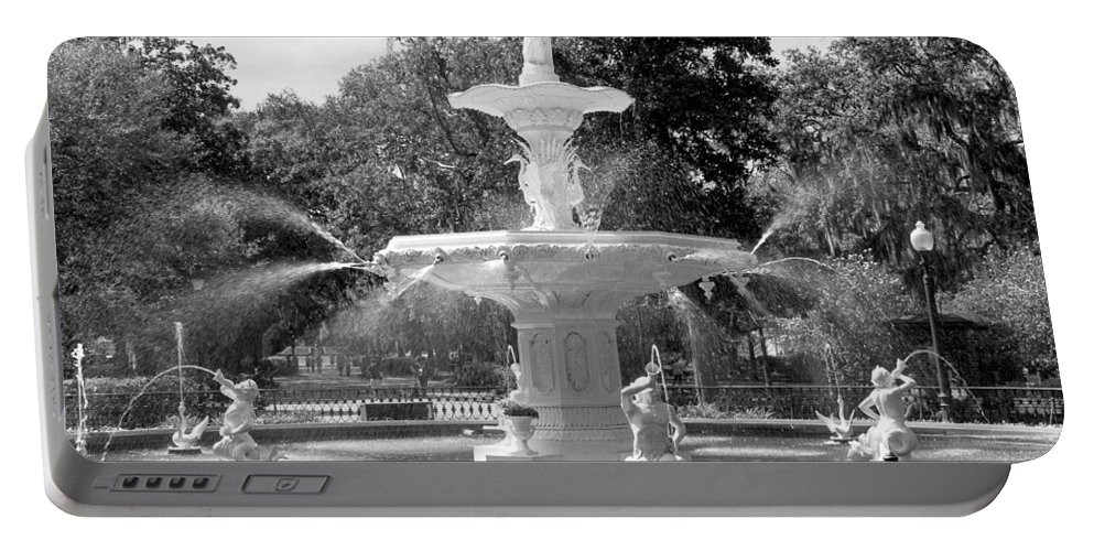 Forsyth Fountain Portable Battery Charger featuring the photograph Forsyth Fountain Park by For Ninety One Days