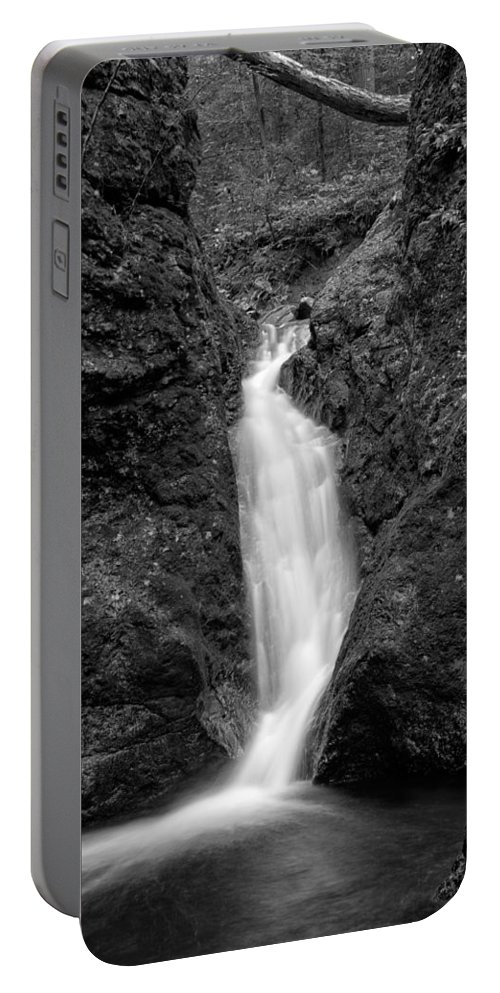 Indian Well Flows Portable Battery Charger featuring the photograph Indian Well Flows Bw by Karol Livote