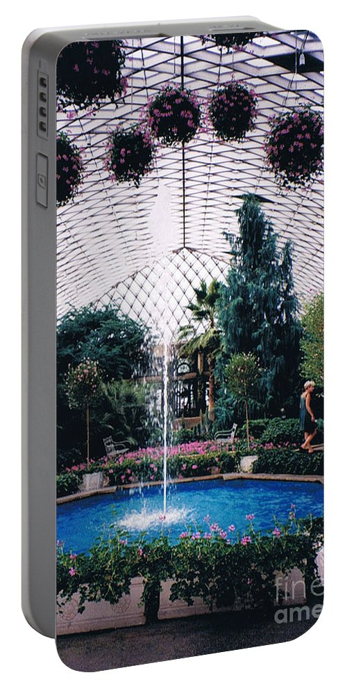 Longview Gardens Portable Battery Charger featuring the photograph Longview Gardens by Tommy Anderson