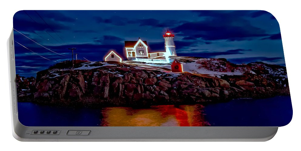 York Maine Portable Battery Charger featuring the photograph Nubble Light by Larry Richardson