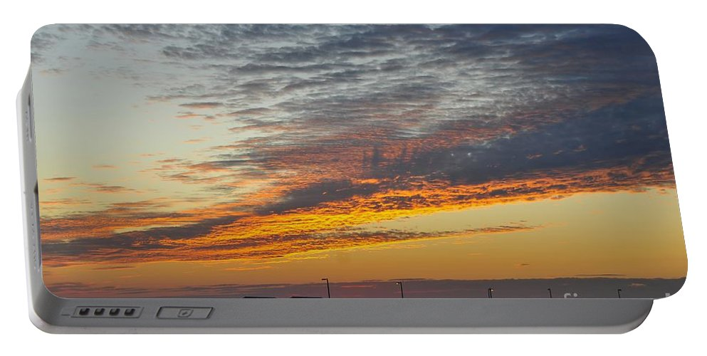 Fishing Pier Portable Battery Charger featuring the photograph Pier Sunset by David Lee Thompson