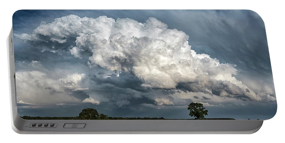 Maryland Portable Battery Charger featuring the photograph Remnants Of A Storm by Robert Fawcett