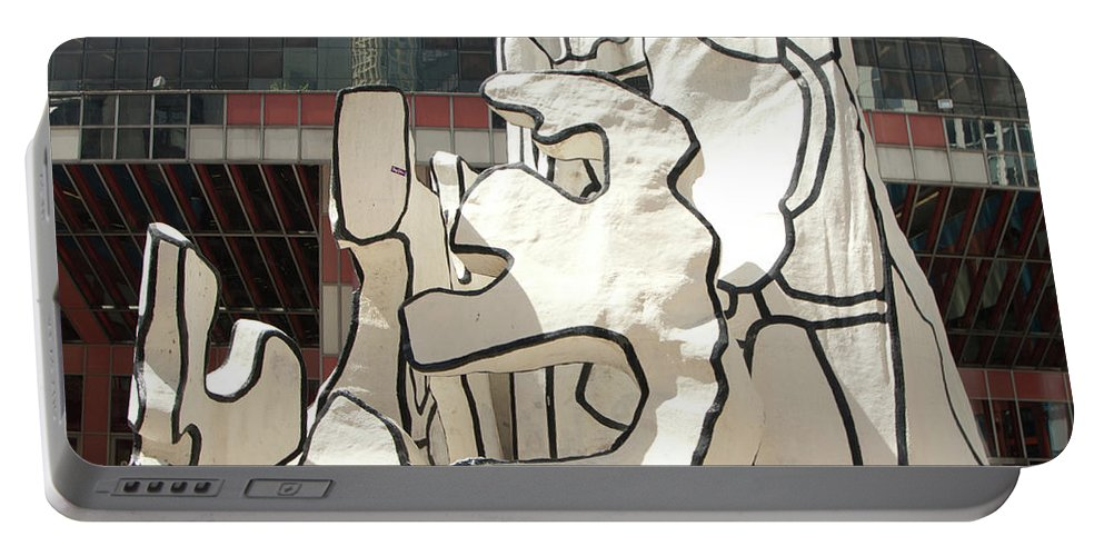 Sculpture Portable Battery Charger featuring the photograph Sculpture In Chicago by Diane Schuler