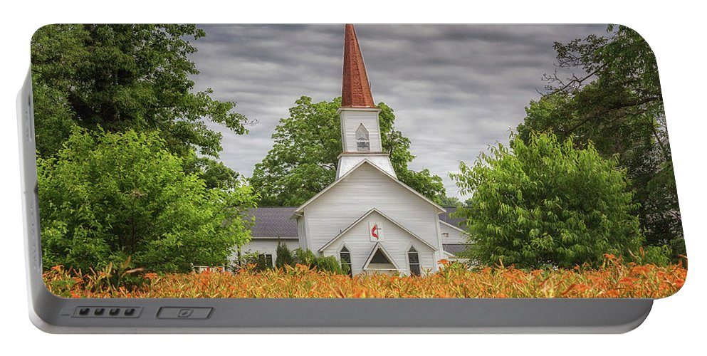 Day Lilies Portable Battery Charger featuring the photograph Worshiping Lilies 1 by J Thomas