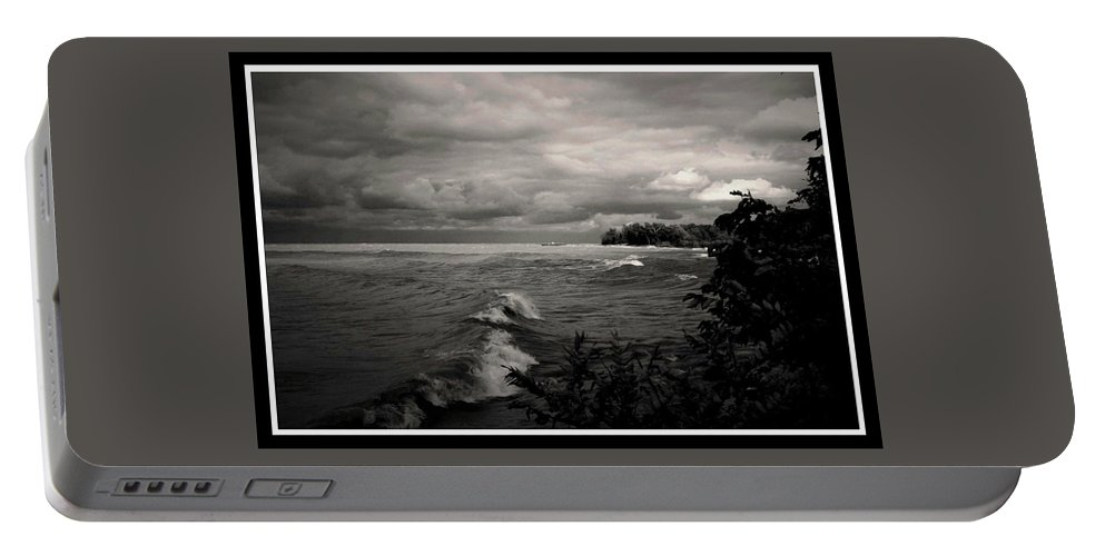 Lake Erie Portable Battery Charger featuring the photograph 100409-260-bw by Mike Davis