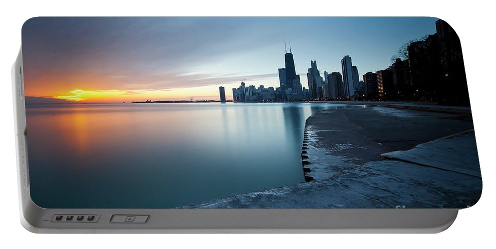 Chicago Portable Battery Charger featuring the photograph 1415 Chicago by Steve Sturgill