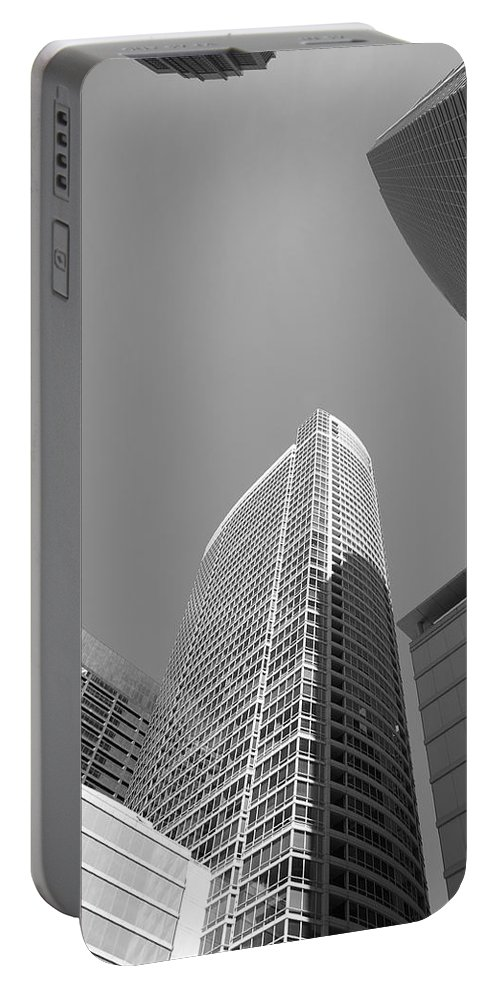 America Portable Battery Charger featuring the photograph Chicago Skyscrapers by Frank Romeo