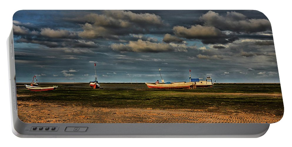 Por Do Sol Portable Battery Charger featuring the photograph Boats by Paulo Carvalho
