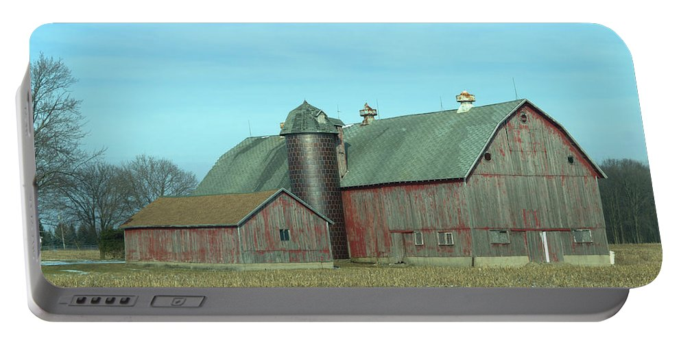 Barn Portable Battery Charger featuring the photograph Fading Red by Linda Kerkau