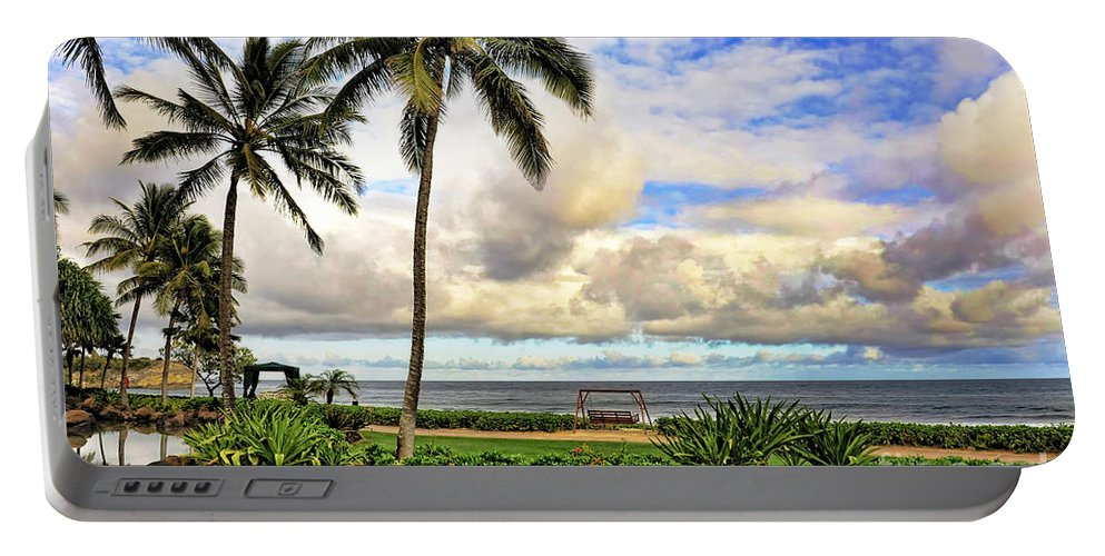 Hawaii Portable Battery Charger featuring the photograph Hawaii Pardise by W Scott McGill