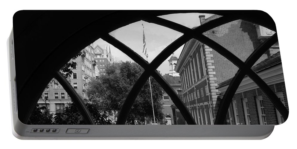 Independence Hall Portable Battery Charger featuring the photograph Independence Hall by Tommy Anderson