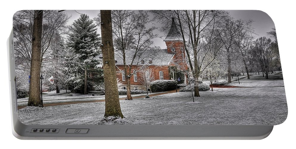 Lee Chapel Portable Battery Charger featuring the photograph Lee Chapel by Todd Hostetter
