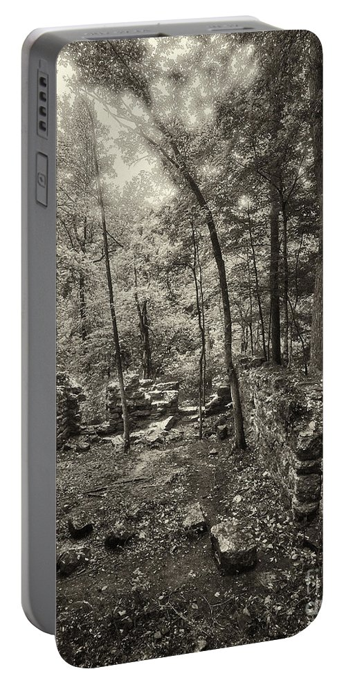 Nature Portable Battery Charger featuring the photograph Old Stone Fort by Stanton Tubb