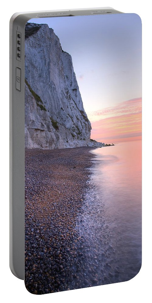 Dover Portable Battery Charger featuring the photograph Sunrise At The White Cliffs Of Dover by Ian Middleton