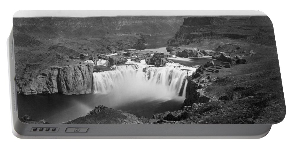 1868 Portable Battery Charger featuring the photograph Idaho: Snake River Canyon by Granger