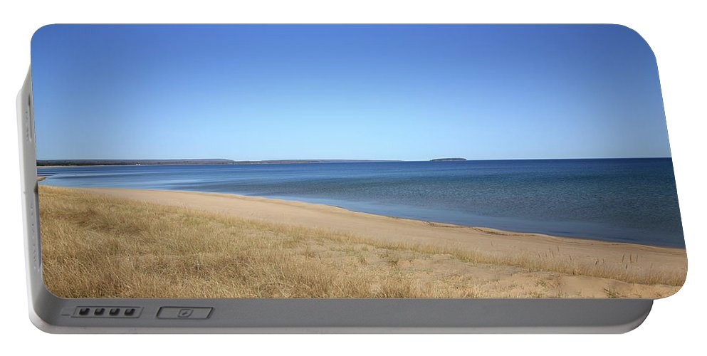 America Portable Battery Charger featuring the photograph Lake Superior by Frank Romeo