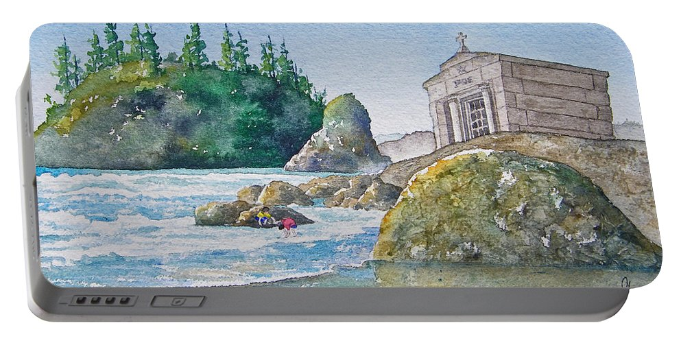 Ocean Portable Battery Charger featuring the painting A Kingdom By The Sea by Gale Cochran-Smith