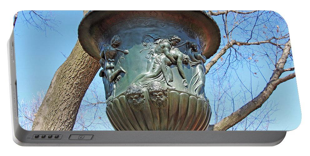 Urn Portable Battery Charger featuring the photograph A Navy Yard Urn In Lafayette Square -- West by Cora Wandel