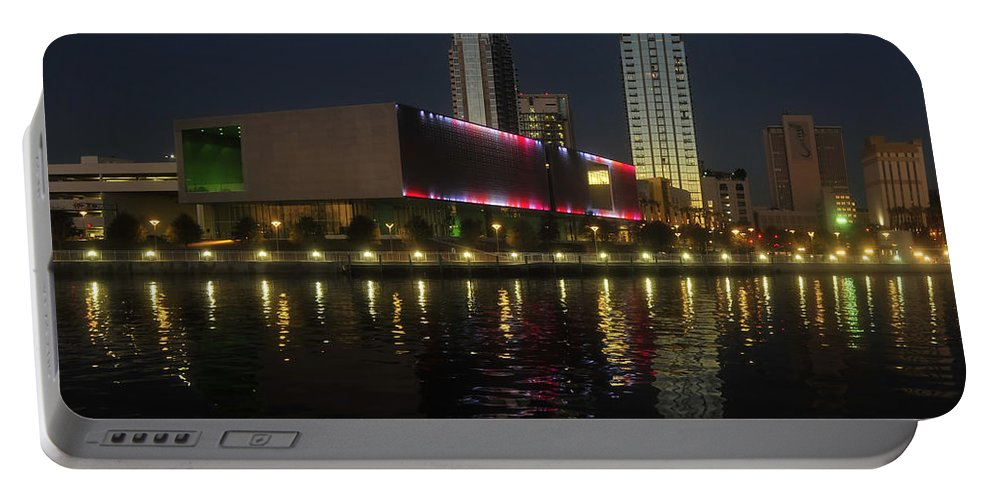 Tampa Museum Of Art Portable Battery Charger featuring the photograph A Night At The Museum by David Lee Thompson