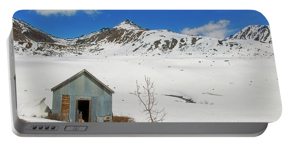Forgotten Building Portable Battery Charger featuring the photograph Abandon Building Alaskan Mountains by David Arment
