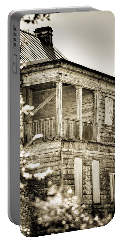 South Portable Battery Charger featuring the photograph Abandoned Plantation House #4 by Andrew Crispi