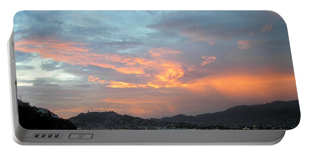 City Scape Portable Battery Charger featuring the photograph Acapulco01 by Rogers