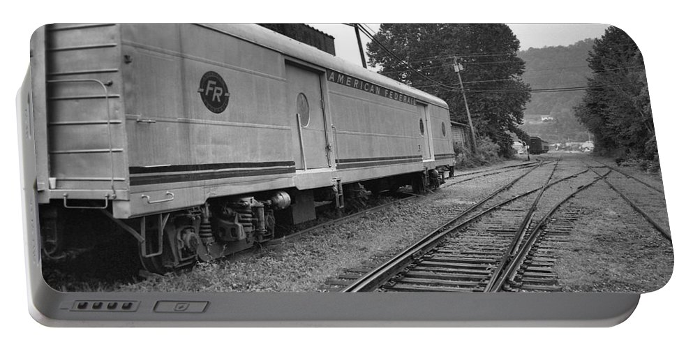Trains Portable Battery Charger featuring the photograph American Federail by Richard Rizzo