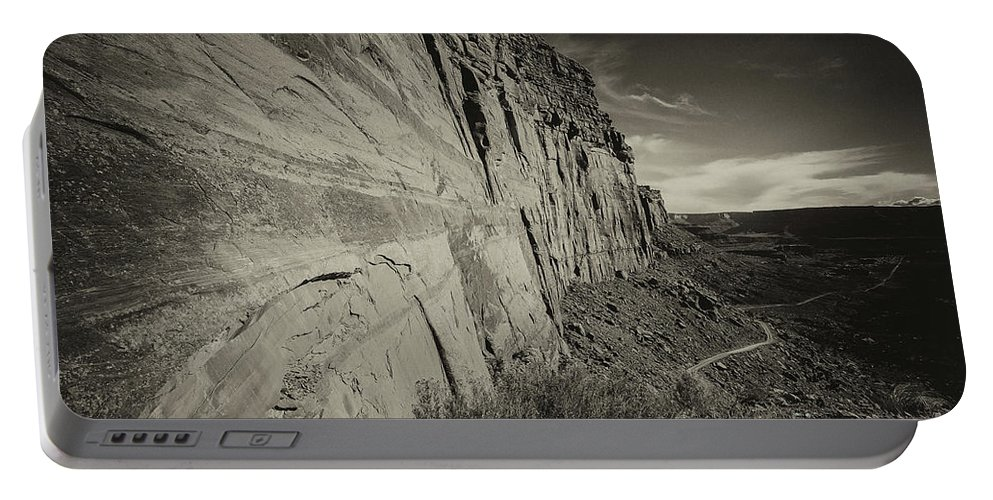Utah Landscape Portable Battery Charger featuring the photograph Ancient Walls by Jim Garrison