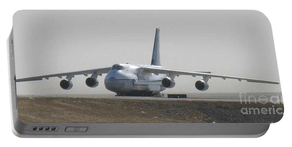 Antonov An 124 Cargolifter Plane Aircraft Portable Battery Charger featuring the photograph Antonov An 124 Cargolifter Plane Aircraft by R Muirhead Art