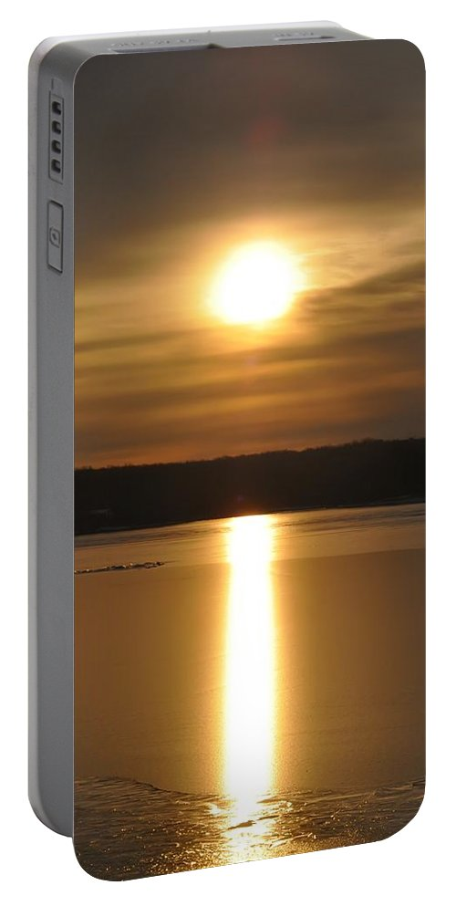 Arrowhead Portable Battery Charger featuring the photograph Arrowhead Lake Sunrise by Bill Cannon