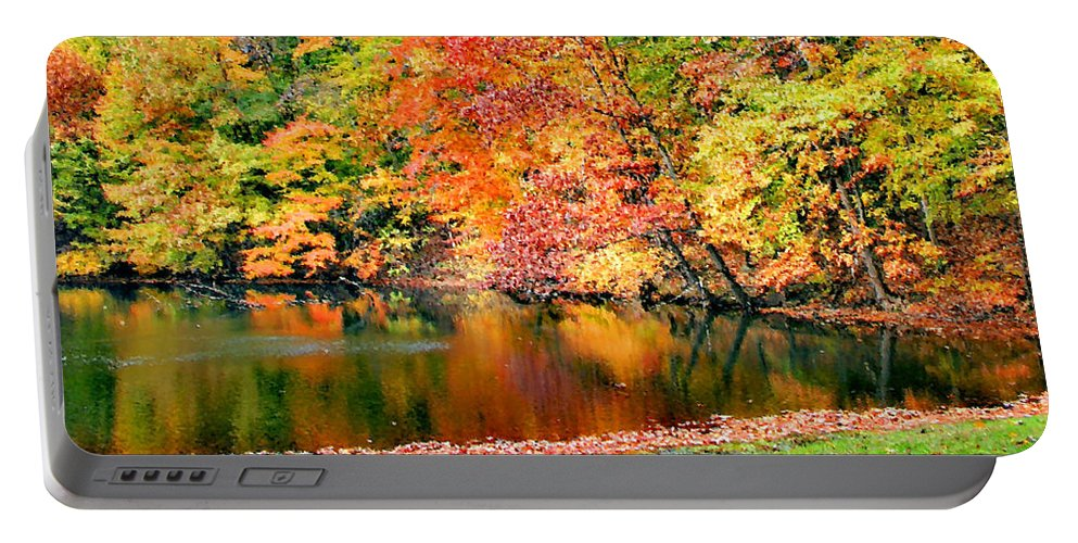 Autumn Portable Battery Charger featuring the photograph Autumn Warmth by Kristin Elmquist