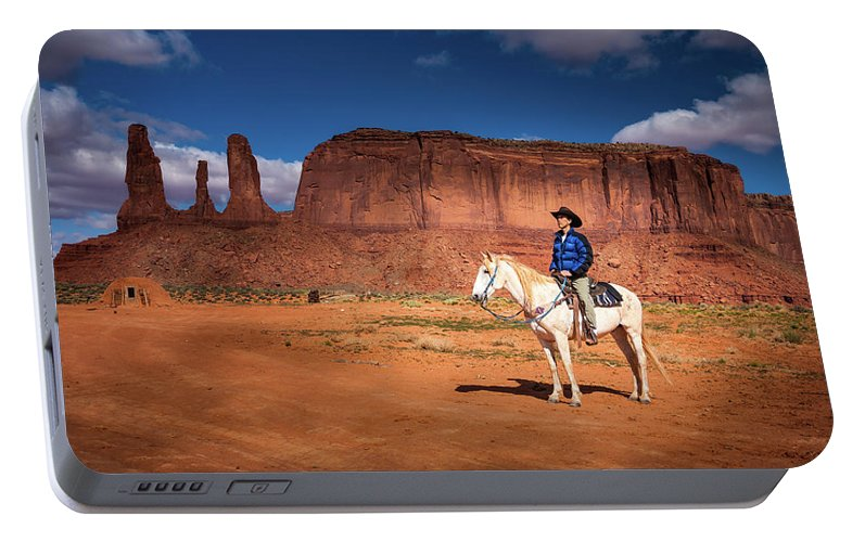 America Portable Battery Charger featuring the photograph Awaiting The Challenge by William Freebilly photography