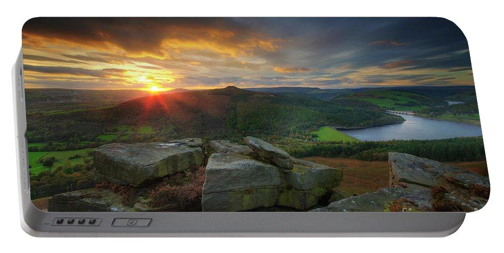Yhun Suarez Portable Battery Charger featuring the photograph Bamford Edge 3.0 by Yhun Suarez
