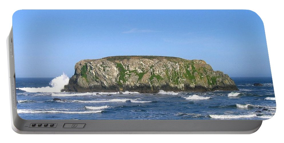 Table Rock Portable Battery Charger featuring the photograph Bandon 12 by Will Borden