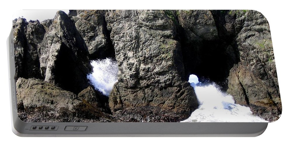 Bandon Portable Battery Charger featuring the photograph Bandon 17 by Will Borden