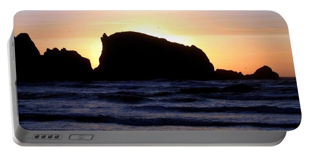 Bandon Portable Battery Charger featuring the photograph Bandon 22 by Will Borden