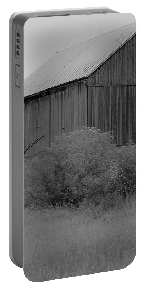Portable Battery Charger featuring the photograph Barn 18 by John Bichler