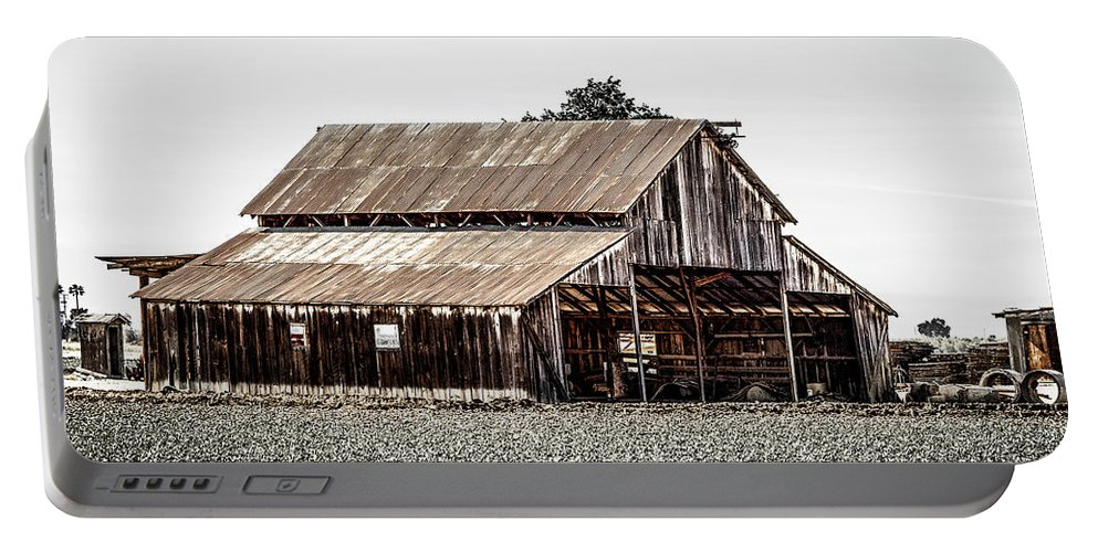 Barn Portable Battery Charger featuring the photograph Barn With Outhouse by Gene Parks