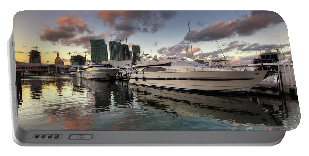 Art Portable Battery Charger featuring the photograph Bayside Sunset by Yhun Suarez