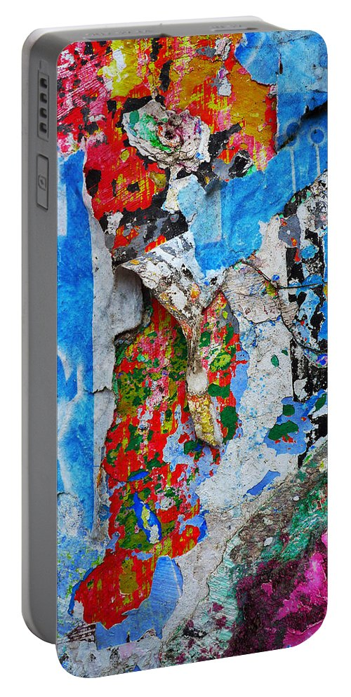 Skip Hunt Portable Battery Charger featuring the photograph Beautiful Loser by Skip Hunt
