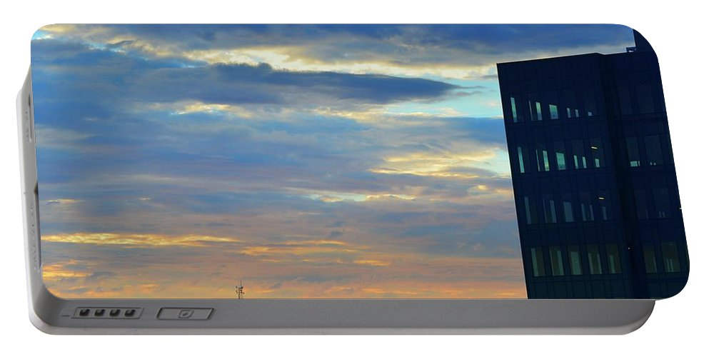 Sunset Portable Battery Charger featuring the photograph Before Sunset Color by Lyle Crump
