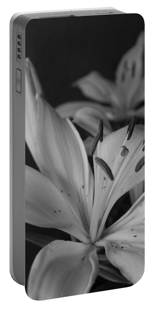 Flower Portable Battery Charger featuring the photograph Black And White Lilies 2 by Amy Fose