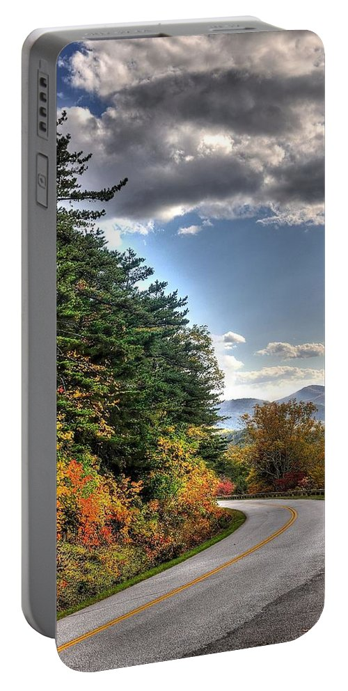 Blue Ridge Parkway Portable Battery Charger featuring the photograph Blue Ridge Parkway, Buena Vista Virginia 2 by Todd Hostetter