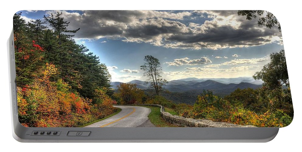 Blue Ridge Parkway Portable Battery Charger featuring the photograph Blue Ridge Parkway, Buena Vista Virginia by Todd Hostetter