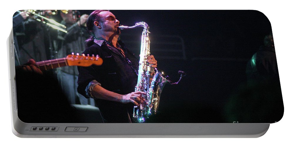 Bob Seger Portable Battery Charger featuring the photograph Bob Seger-alto Reed 3932-1 by Gary Gingrich Galleries