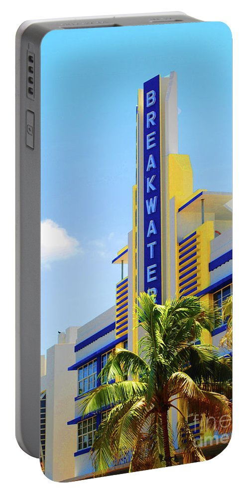 Breakwater Portable Battery Charger featuring the photograph Breakwater by Jost Houk