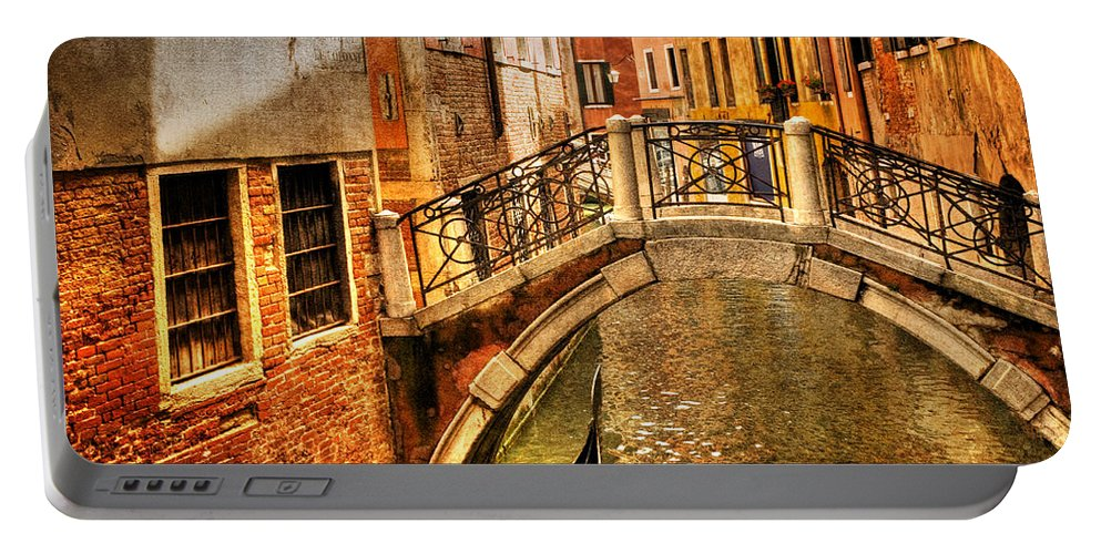 Venice Portable Battery Charger featuring the photograph Bridge Ahead by Mick Burkey