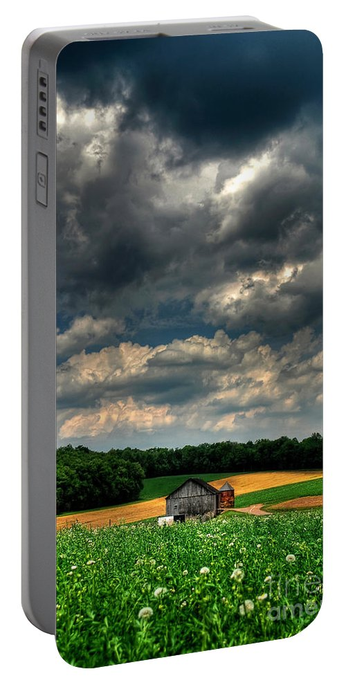 Old Barn Portable Battery Charger featuring the photograph Brooding Sky by Lois Bryan
