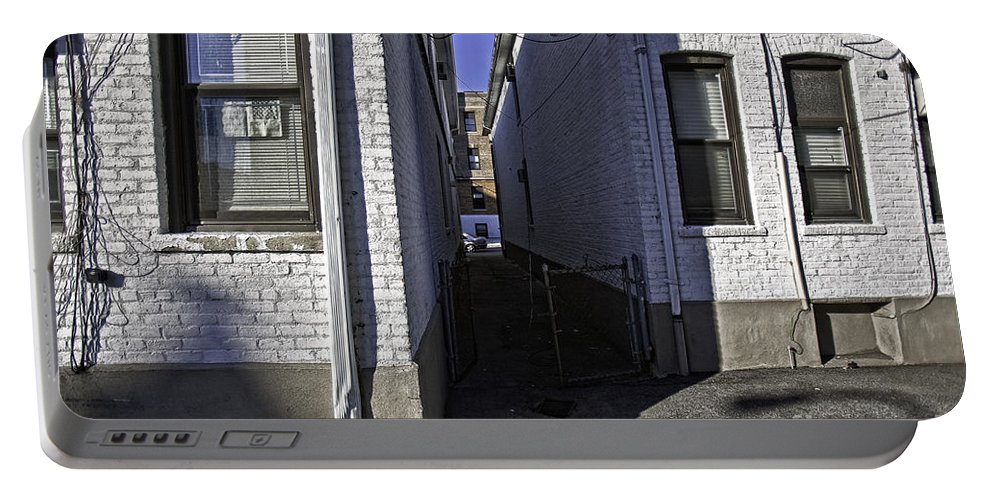 Alley Portable Battery Charger featuring the photograph Brooklyn Alleyway by Madeline Ellis